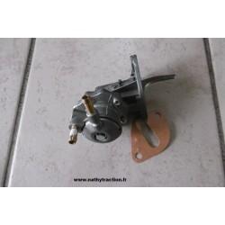 pompe essence sortie V
