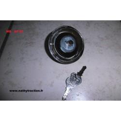 Bouchon réservoir essence avec clé MB
