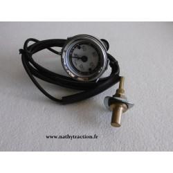Un thermomètre classique avec durite